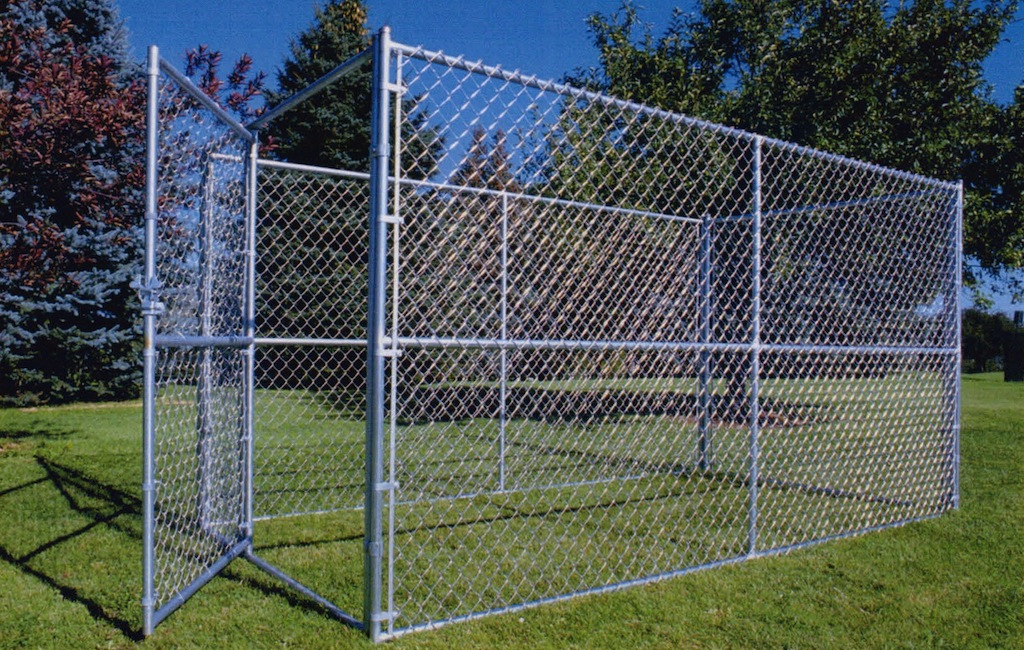 Chain link dog kennel 2 Infinity FencesInfinity Fences